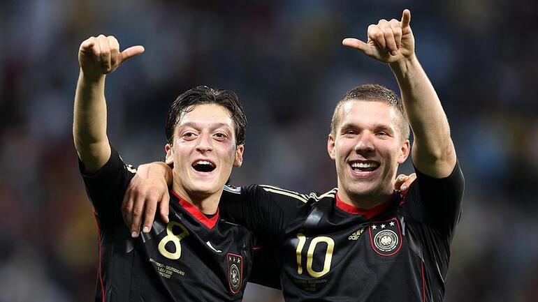 Lukas Podolskiden Fenerbahçenin yeni transferi Mesut Özile uyarı