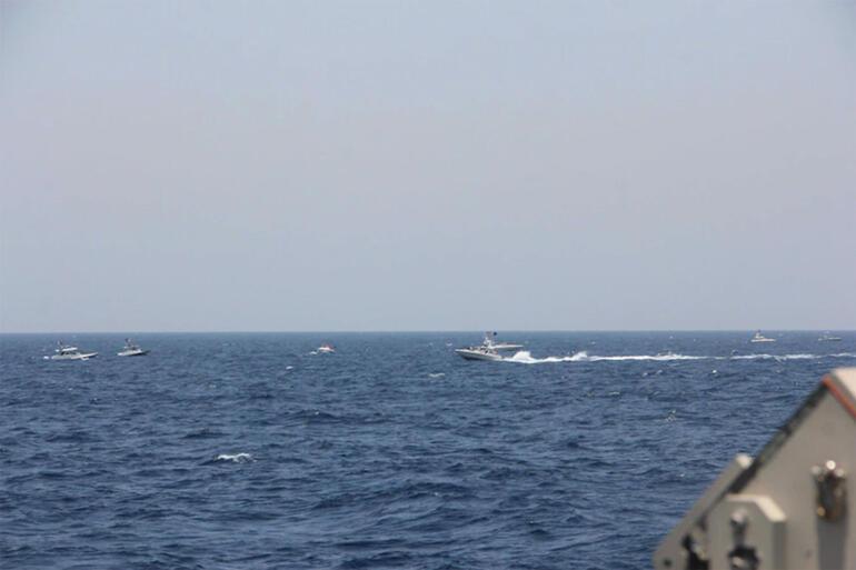 ABD Donanması İran gemilerine uyarı ateşi açtı